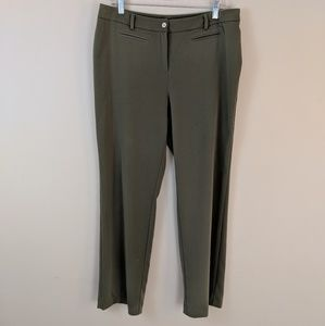 ♥️Sale!♥️ Chico's • Green Trouser Pants